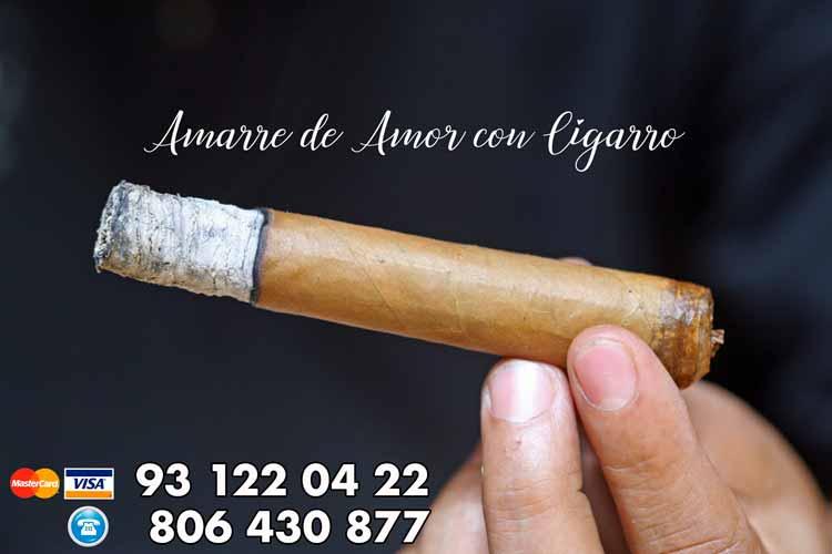 Amarre de amor con cigarro